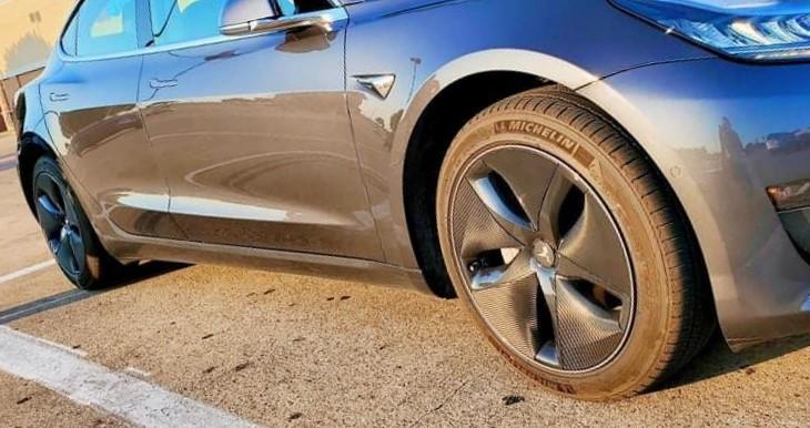 Tesla model 3 aero wheel wrap install