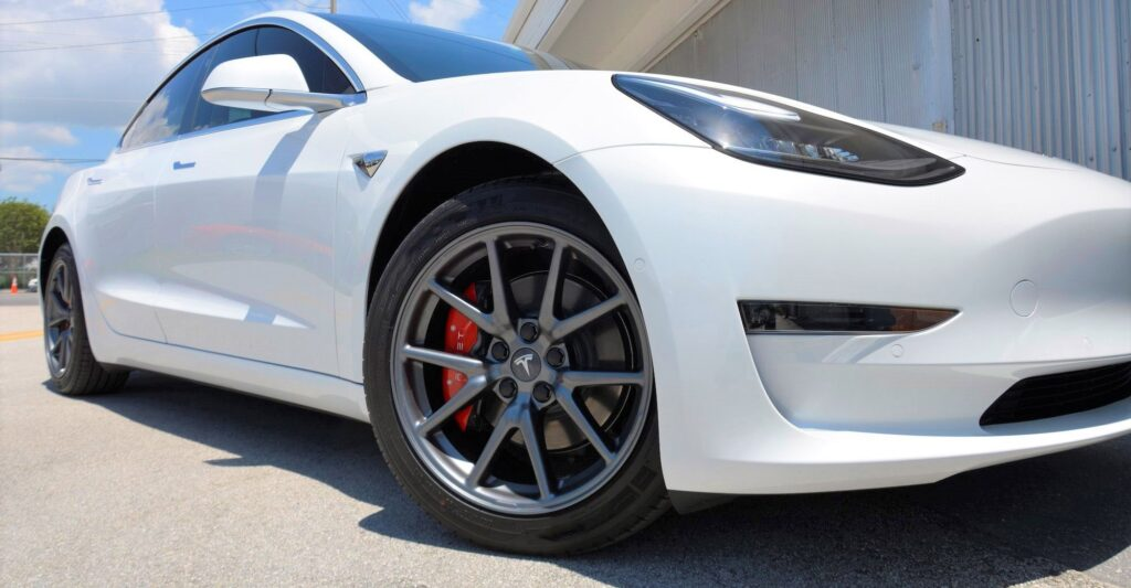 model 3 with 18 inch rims